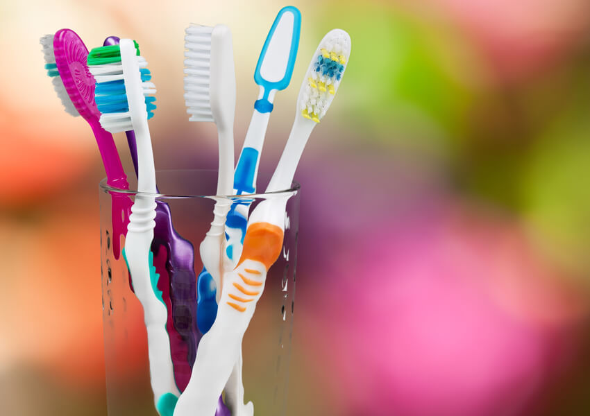 HOW TO KEEP YOUR TEETH & MOUTH HEALTHY DURING ORTHODONTIC TREATMENT